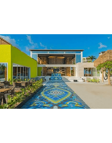 COLECCIÓN HOTELES