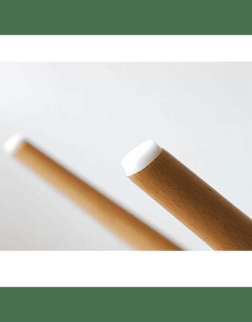 Silla Eames DSW Blanca* de Polipropileno virgen con patas de Haya