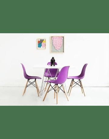 Silla DSW Eames Violeta de Polipropileno virgen con patas de Haya