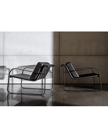 Lievore Altherr Molina - Bugatti Armchair Cuero Negro