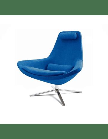 Sitial Poltrona Metropolitan Azul* by Jeffrey Bernett