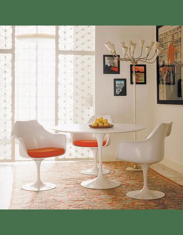 Mesa Tulip Eero Saarinen en color Blanco* 120cm Lacada y borde Bicelado