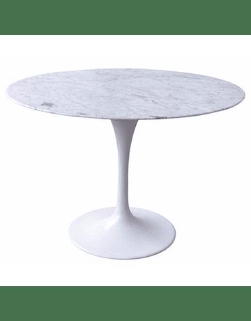 Mesa modelo Tulip de Eero Saarinen Mármol Carrara en color Blanco 120cm pata lacada