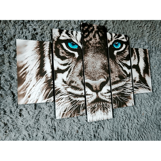 Cuadro Tigre Ojos azules Tamaño 110 x 59