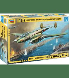 ZVEZDA Soviet Dive Bomber Petlyakov Pe-2