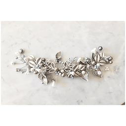 Tocado hojas y perlas de río