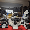 Microscopio Binocular Kohler 40x-1600x, Profesional, Iluminación LED, Veterinario, Laboratorio Clinico. Incluye Camara
