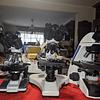 Microscopio Trinocular Kohler 40x-1600x, Profesional, Iluminación LED, Veterinario, Laboratorio Clinico. Incluye Camara