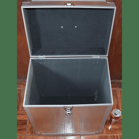 Caja de Aluminio Nuevas para Transporte y Guardar Microscopios entre otros equipos.
