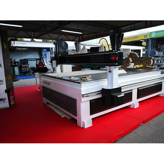 Fresadoras CNC  - Image 1