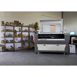Laser Co2  900x600mm /  1300x900mm / 1600x 1000mm