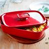 Fuente para horno con tapa rectangular pequeña roja
