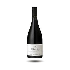 Viña Aquitania - Sol de Sol, Pinot Noir, 2013