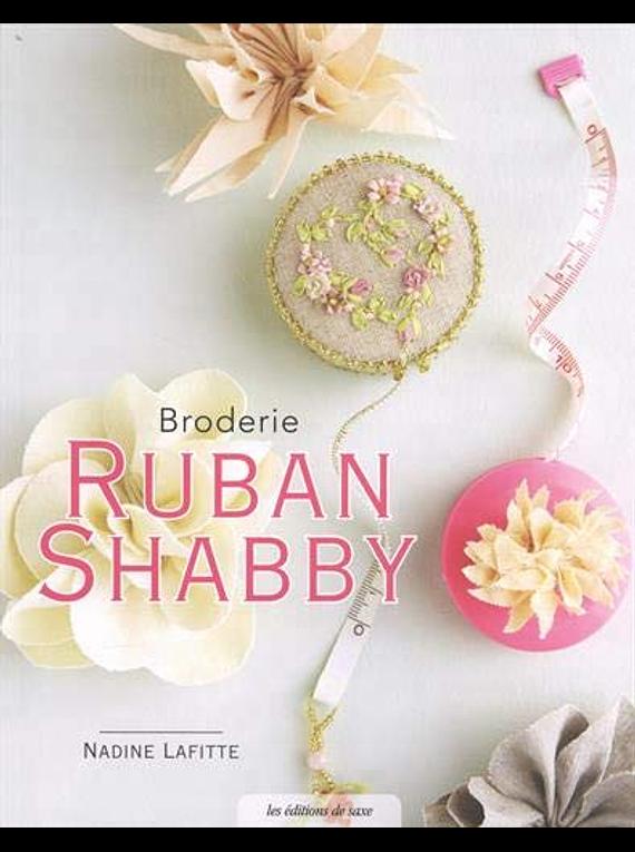 Broderie ruban shabby, de Nadine Laffite