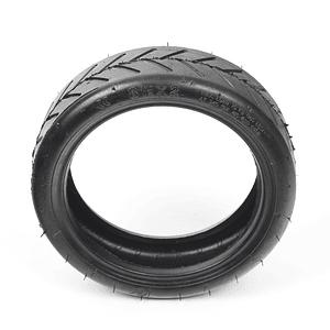 Neumático 8.5