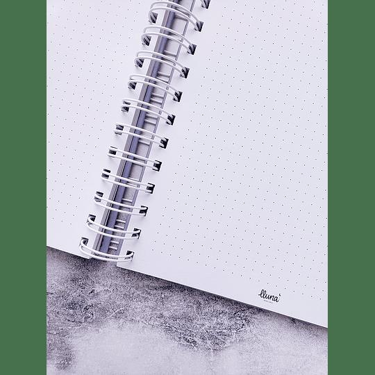Cuaderno puntos Lila