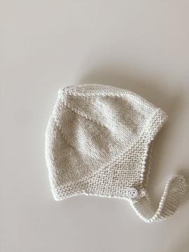 Merino wool, white cap, RN