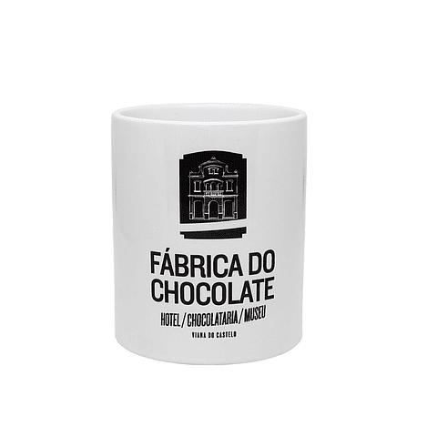 """BOLO DE CANECA """"Fábrica do Chocolate"""""""