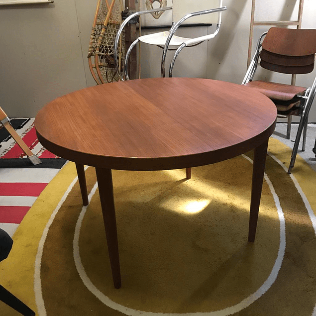 Kai Kristiansen Design Round Dining Table
