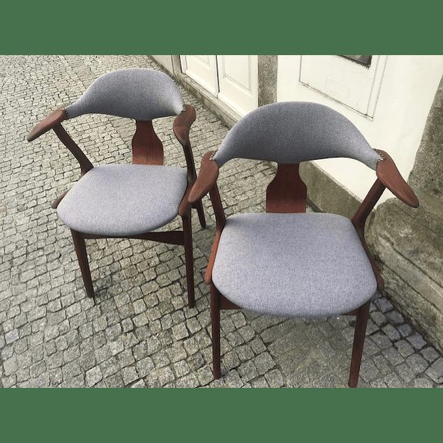 Vintage Louis van Teefelen Cow Horn chair