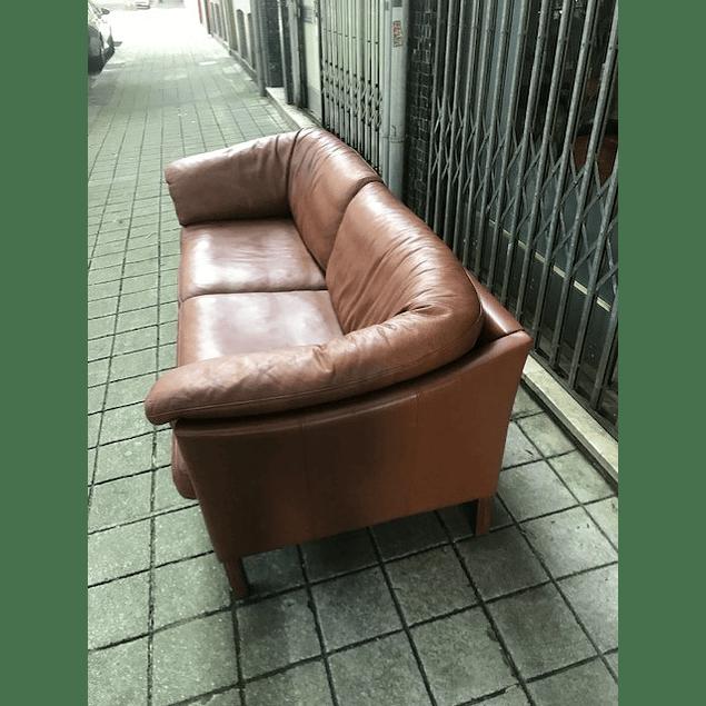 Mogens Hansen sofa in Leather