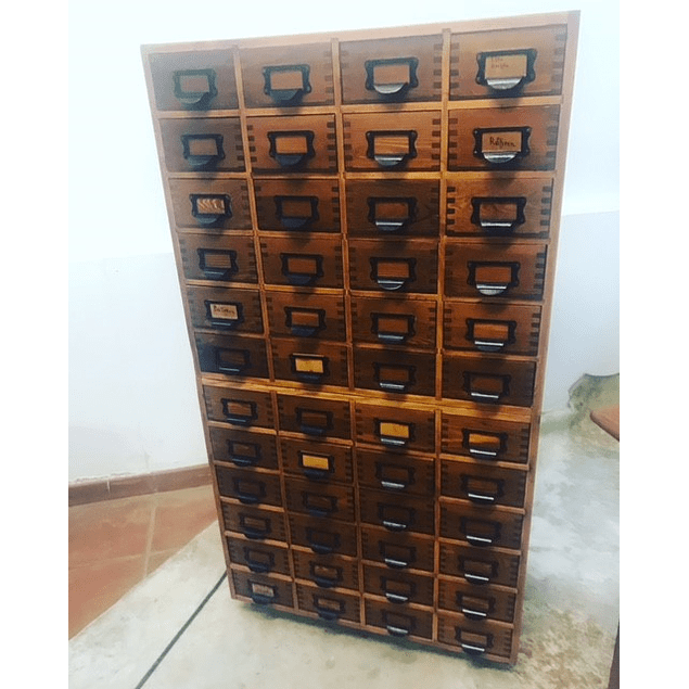 Archiver from the 30s with 48 drawers