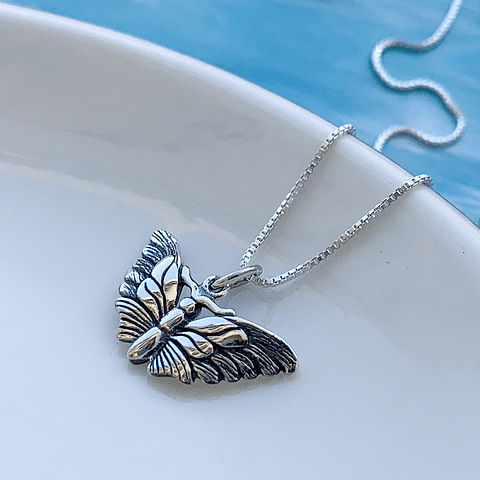 Collar Mariposa Monarca (Hand Made)