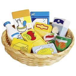 Cesta de productos alimenticios y domésticos