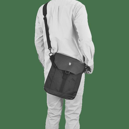 Bolso en bandolera para tablet Victorinox - Image 3