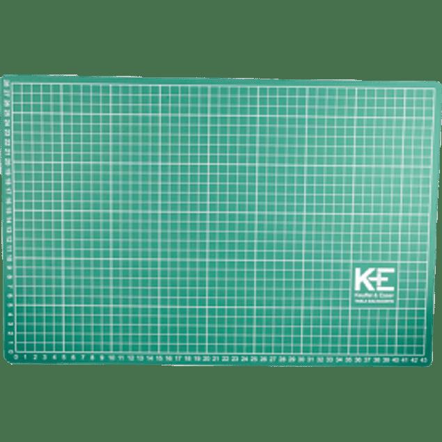 Manta para corte (Salva corte) de 30 x 45 cm.