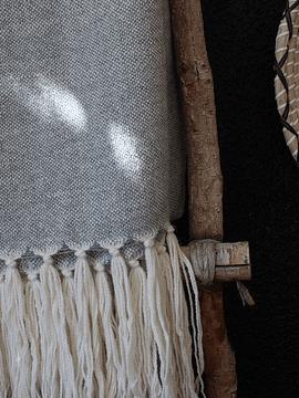 Piecera Twin de alpaca crudo y gris