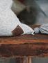 Cojín de alpaca 60x60 gris y crudo