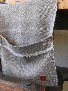 Revistero gris y gris medio