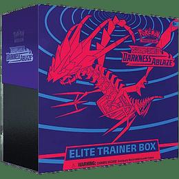 Elite Trainer Box - S&S Darkness Ablaze (Español)
