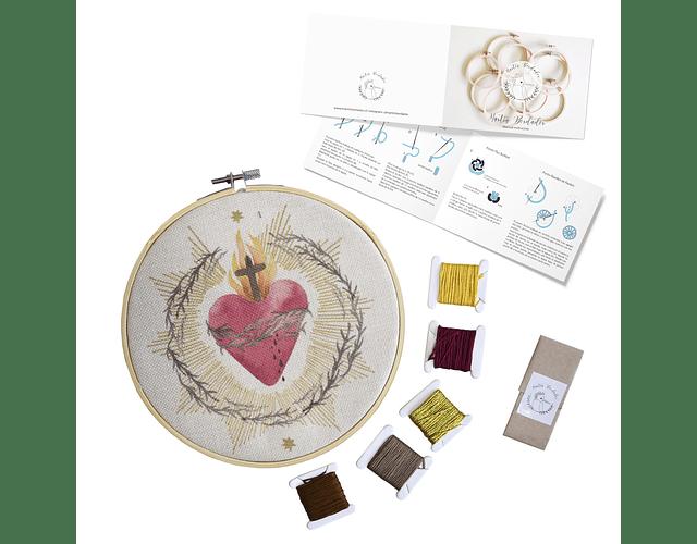 Mini Kit para bordar Sagrado Corazón de Jesús