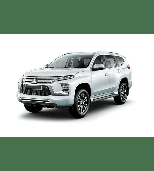 Manual de Usuario Mitsubishi Montero Sport ( 2015 - 2020 ) Inglés