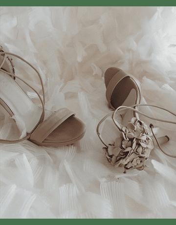 Lía Heels