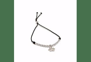 Pulsera de hilo regulable flor de loto y detalles de plata