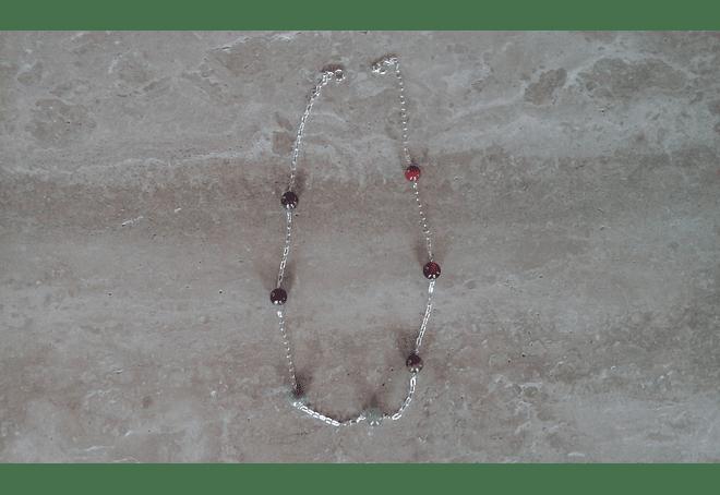 Cadena de plata con piedras de los 7 chakras