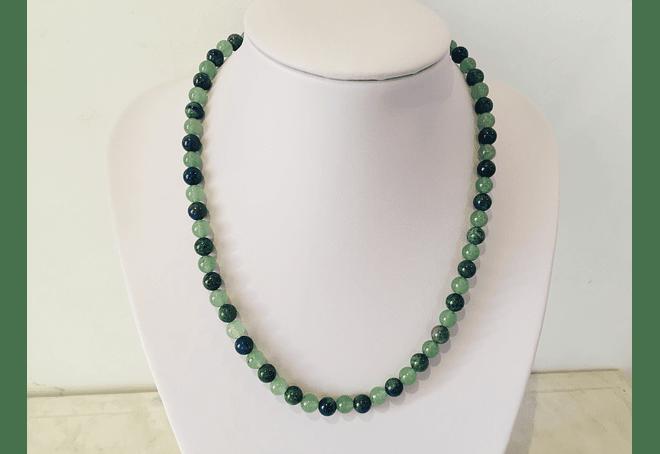 Collar de jade verde y azurita