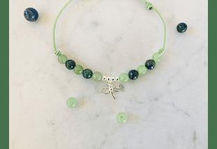 Pulsera de hilo regulable con piedras jade verde, azurita y dije de plata