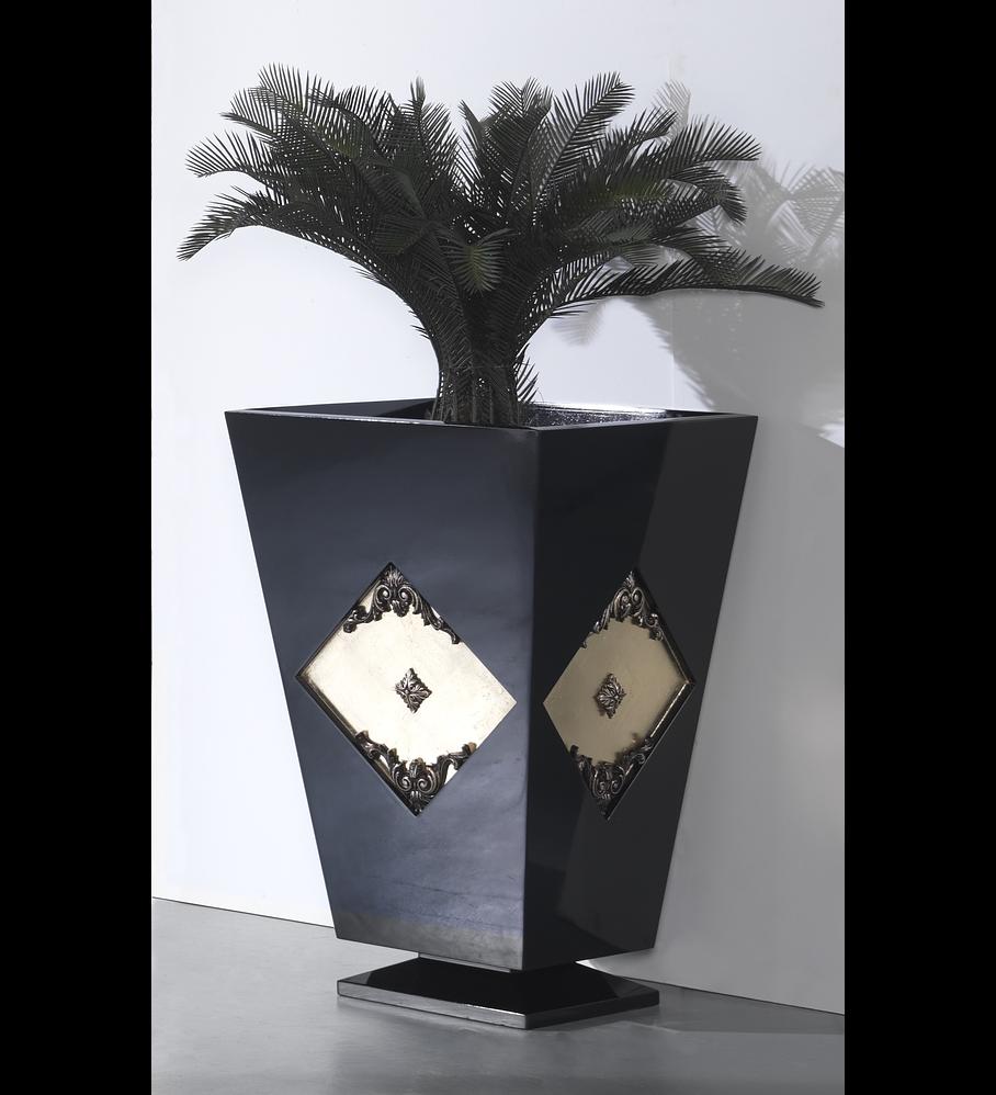 Vaseira Preta Brilho/Ouro M190.478