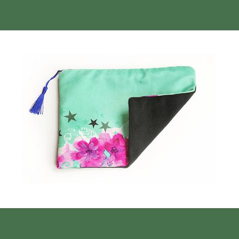 Estuche flores turquesa /negro