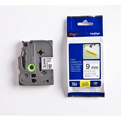 Cinta TZE-S221 09 mm Negro/blanco extra adhesivo