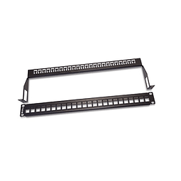Patch Panel 24 P vaci­o con Ordenador