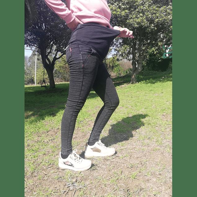 Jeans Bea  Black / con forro polar.