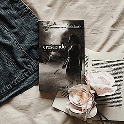 Crescendo (Becca Fitzpatrick)