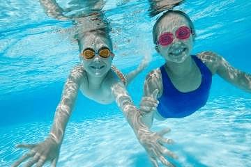 Enamorate de la nataciòn y mejora tu salud