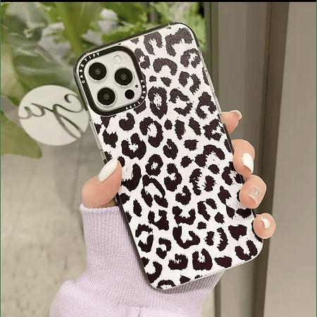 Carcasa iPhone 12 / 12pro - Leopardo Negro con fondo Blanco