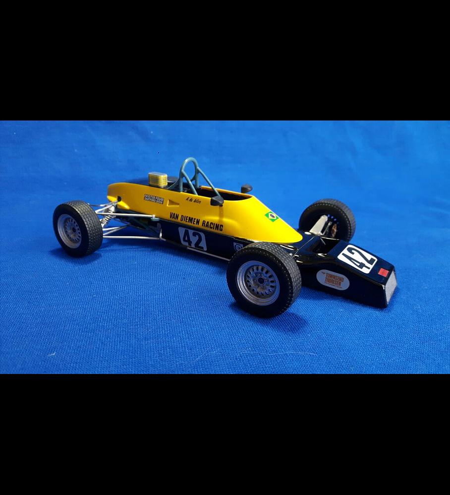 1/20 F1 Resin kit - Van Diemen RF81 Formula Ford 1600 - Champion car